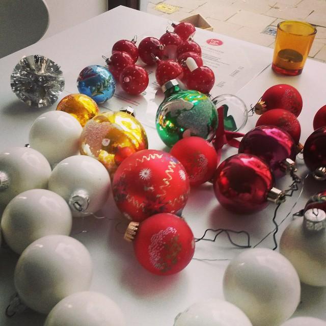 Foto's kerstballenruil